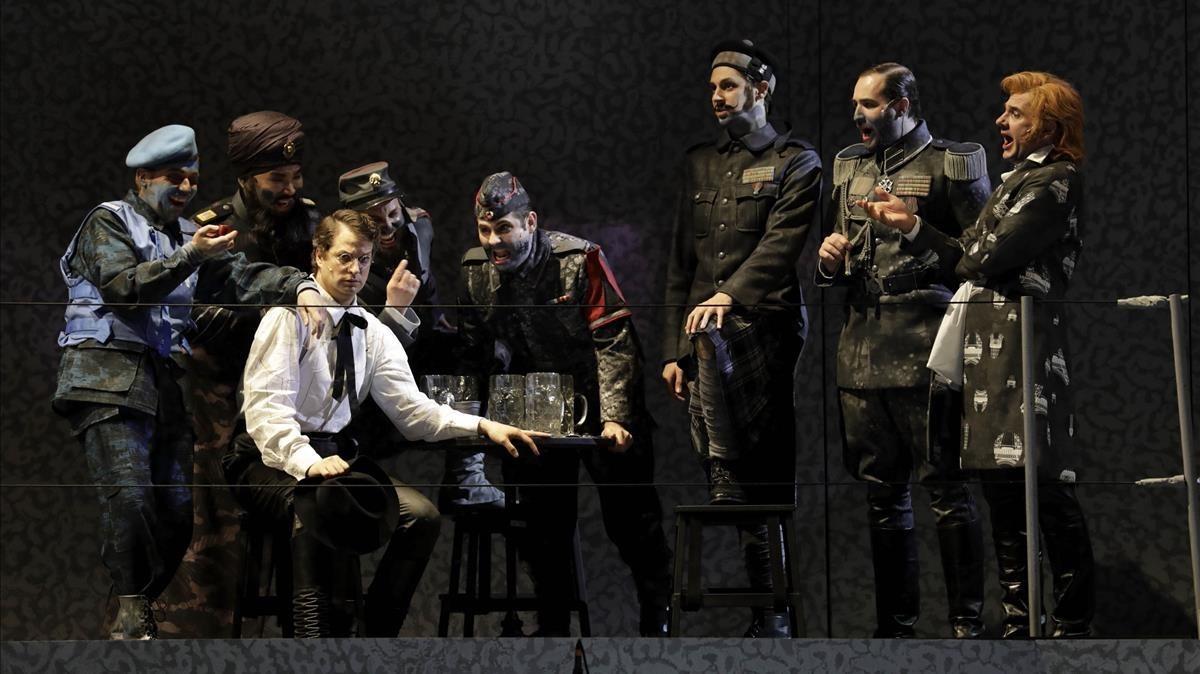 Una escena de Die soldaten, dirigida por Carlus Padrissa.