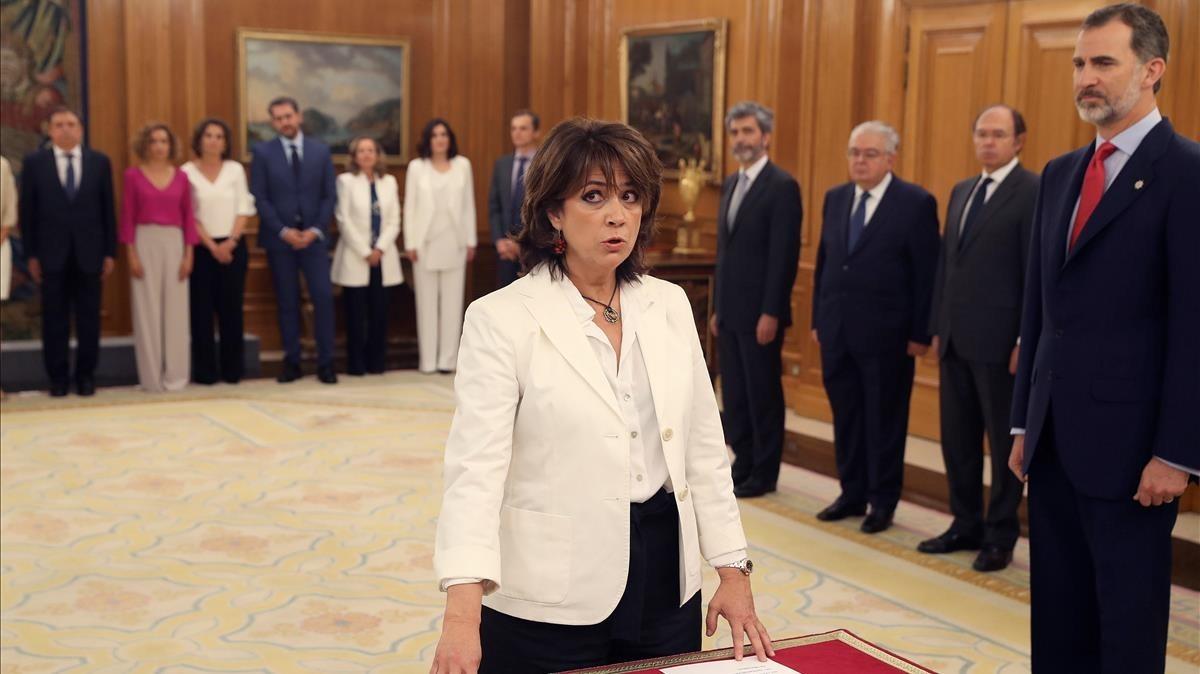 Dolores Delgado al prometer su cargo como ministra de Justicia.