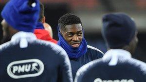 Ousmane Dembélé, durante el entrenamiento de la selección francesa ayer en Rotterdam.