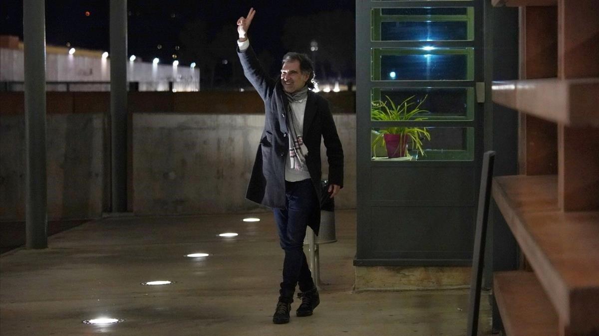 El presidente de Òmnium Cultural, Jordi Cuixart, reingresa a la cárcel de Lledoners.