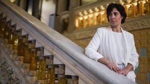 Clàudia Dubé, directora de la Orquesta Sinfónica Solidaria de Barcelona en el Palau de la Música Catalana.