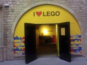 'I love Lego': sis espectaculars diorames creats amb milers de peces