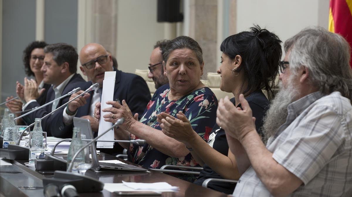 Diputados de Junts pel Sí y la CUP, el pasado 4 de julio, durante la presentación de la ley del referéndum.