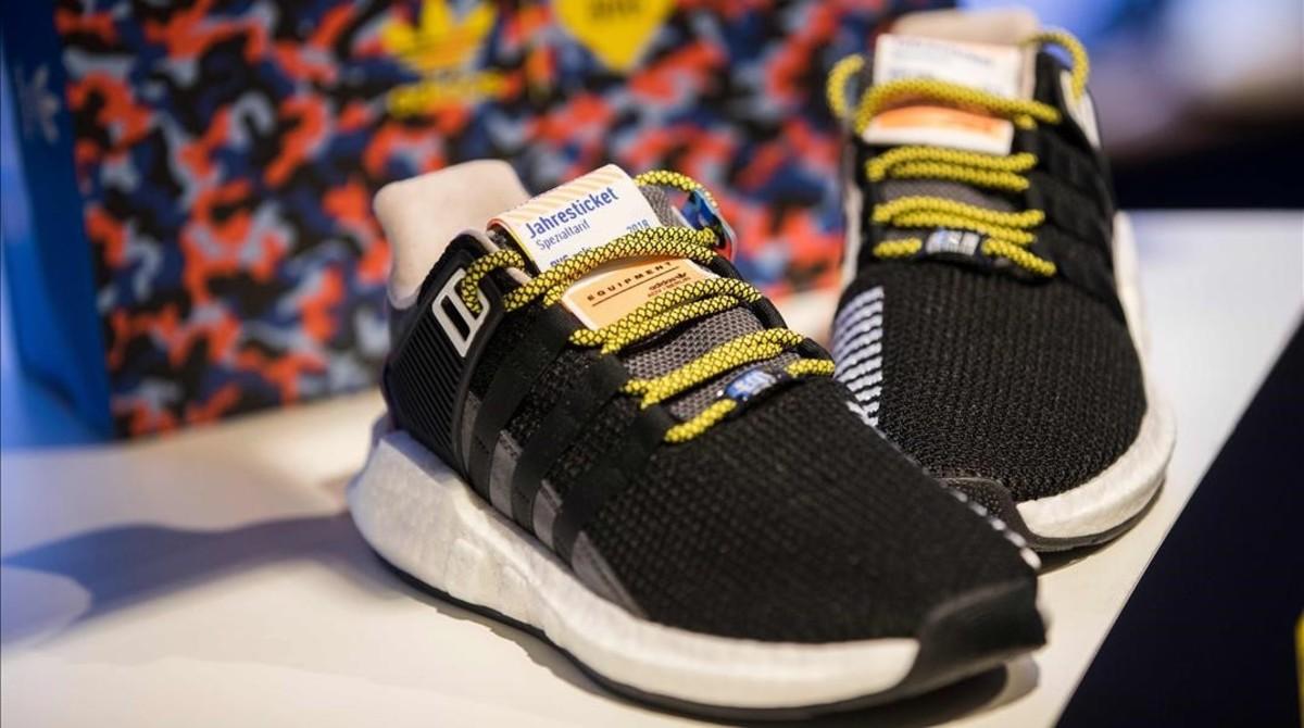 Adidas lanza un modelo de deportivas que permite viajar gratis durante un año por Berlín.