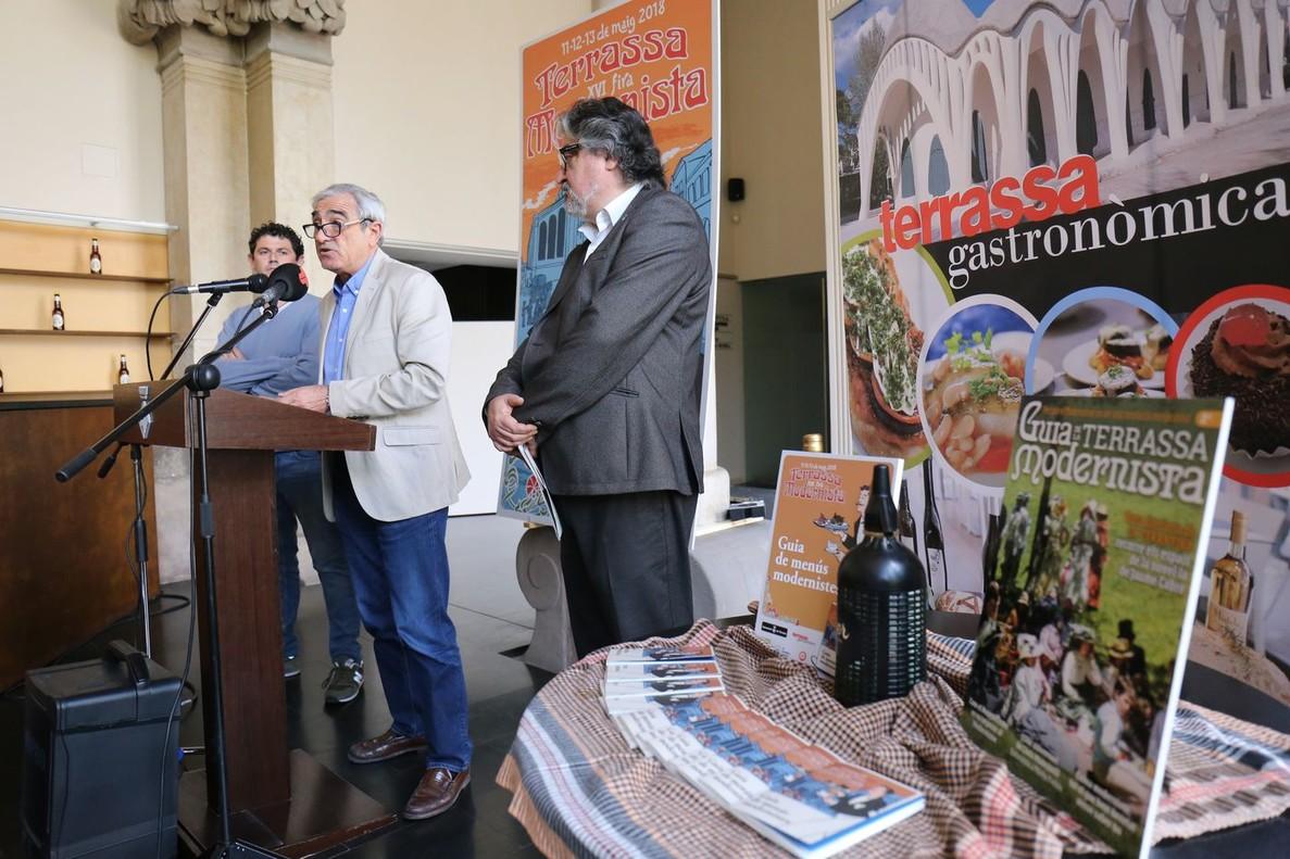 El alcalde de Terrassa, Alfredo Vega, en la presentación de la Fira Modernista.