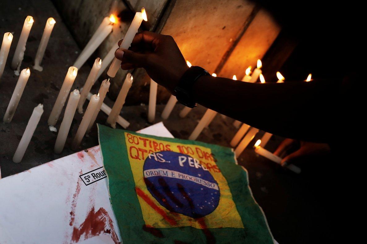Protestas en Brasil por la muerte deEvaldo Rosa.