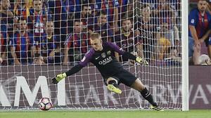 Cillessen, en el duelo con el Alavés, su único partido con el Barça.