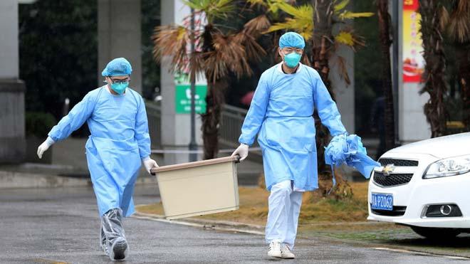 Confinamiento de personas en Wuhan a causa del coronavirus