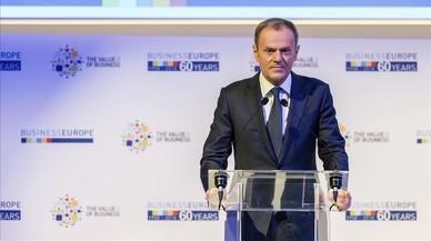 Tusk pide a Londres una alternativa efectiva para Irlanda del Norte