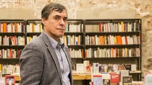 El escritor Mircea Cartarescu, en la librería Calders