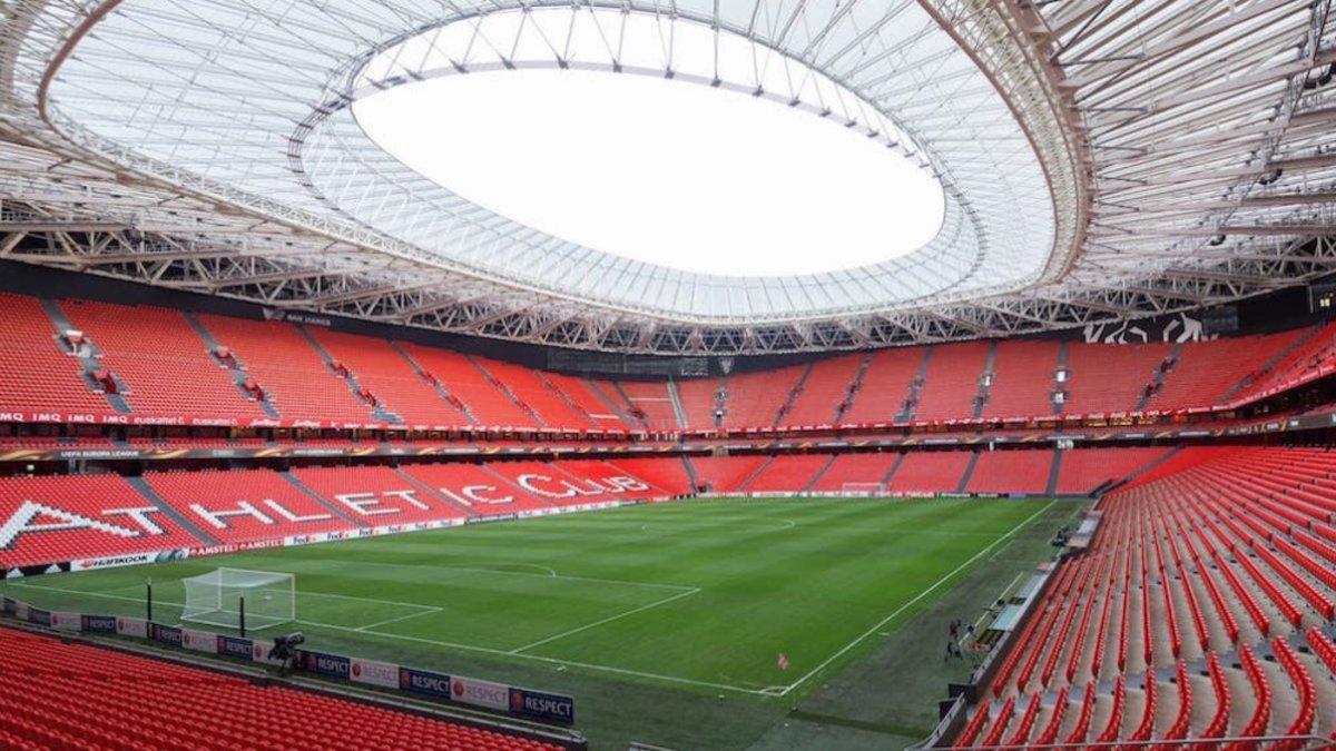 El estadio de San Mamés acogerá el partido entre el Athletic y el Barça.
