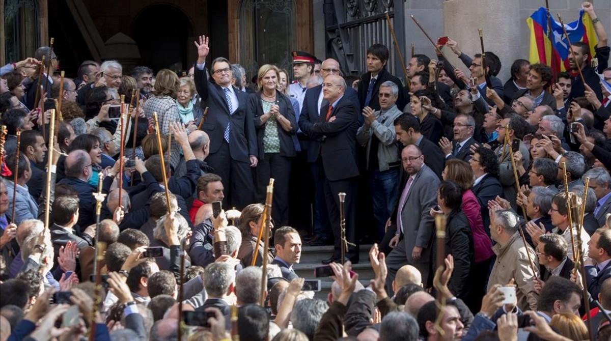 El expresident de la Generalitat, Artur Mas, antes de declarar en el TSJC como imputado por la consulta del 9-N.