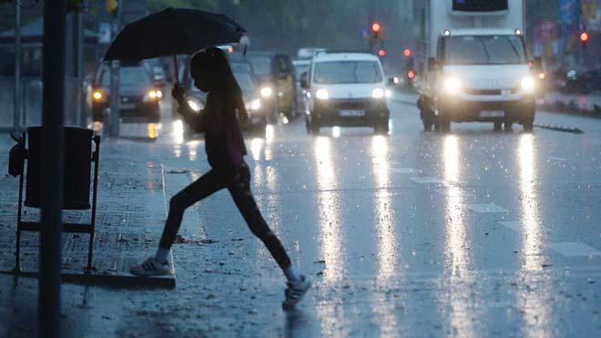fuerte lluvia sobre barcelona