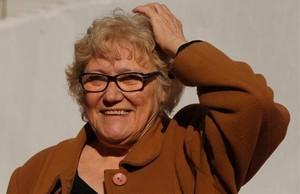 Isabel-Clara Simó, en la sede de Òmnium Cultural, tras hacerse público el veredicto del Premi dHonor de les Lletres Catalanes.