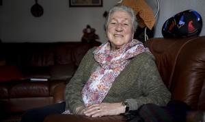 Teresa Alonso, en su piso de Barcelona.