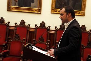 Jordi Ballart durante la comparecencia en la que anuncia su dimisión como alcalde y su baja del PSC.