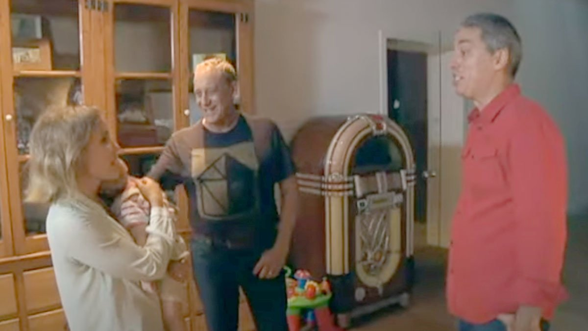 Josep Maria Mainat y Angela Dobrowolski, junto a Albert Om en el programa 'El convidat' de TV-3.