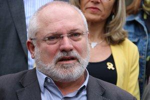 Lluís Puig durante la atención a los medios para presentar las candidaturas al Senado de Junts per Catalunya.