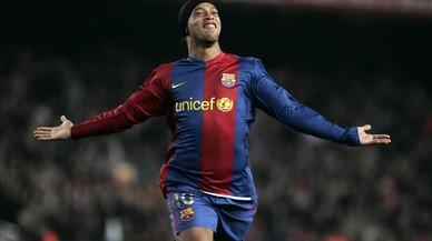 Ronaldinho, el somriure de la resurrecció