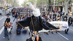 Manifestación contra los abusivos precios del alquiler, este sábado en Barcelona.
