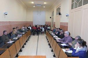 La Mesa de Seguimiento de los Vertederos se ha reunido este lunes en la Sala de Plenos del Ayuntamiento de Rubí