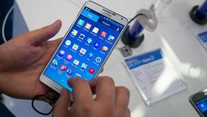 Móvil con aplicaciones de Android descargadas.