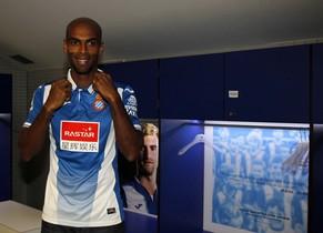 Naldo, con la camiseta del Espanyol.