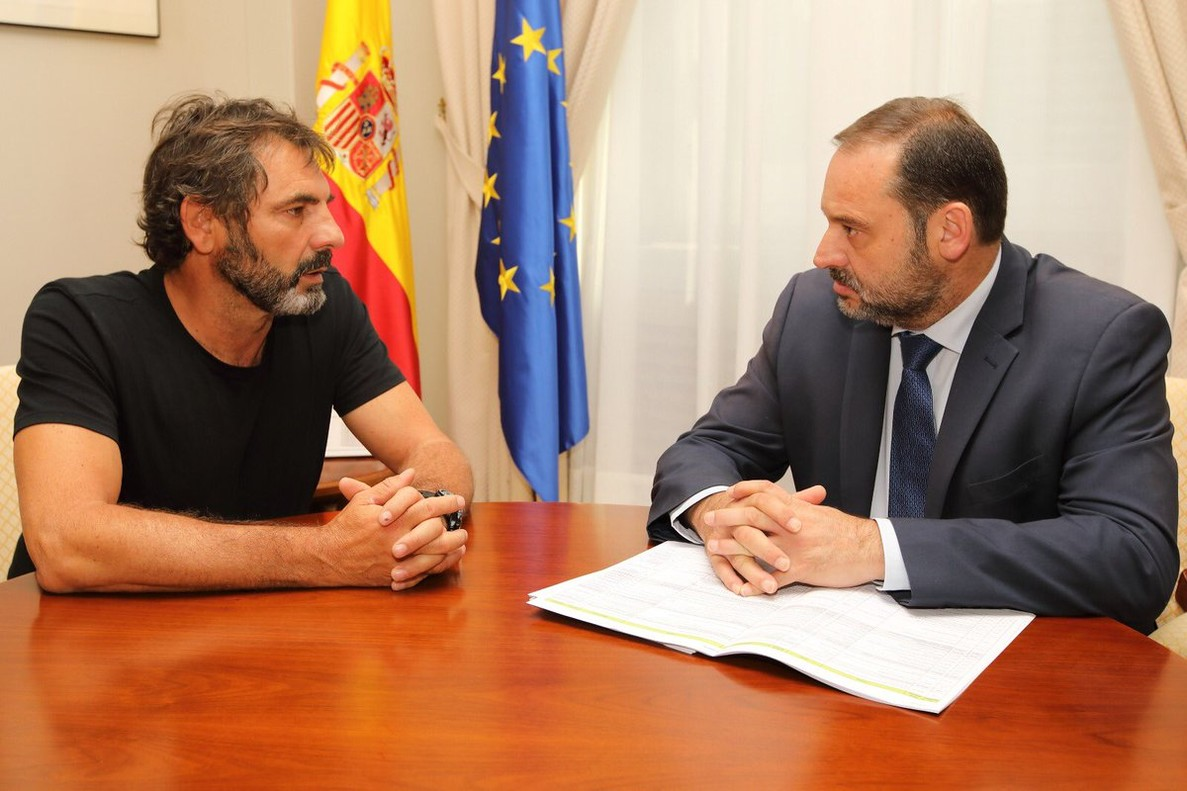 Òscar Camps y José Luis Ábalos.