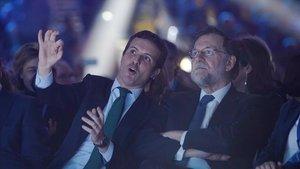 Pablo Casado y Mariano Rajoy, en enero, durante la convención del PP.