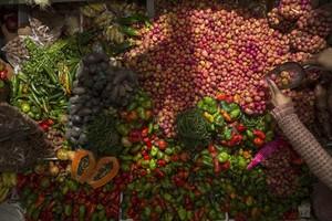 Las papalisas llenan los platos de Bolivia por Semana Santa.