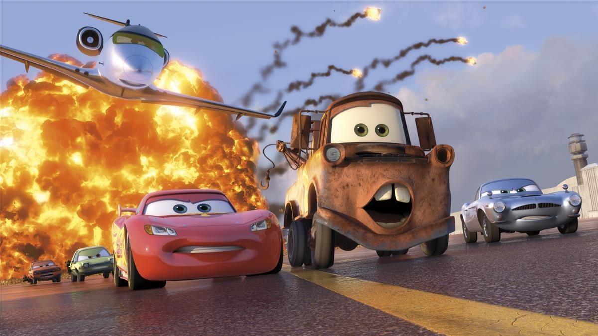 Imagen de la película Cars 2.