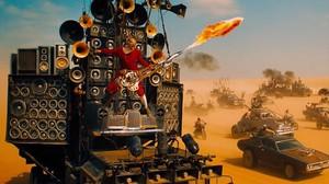 Una espectacular imagen de la película Mad Max. Furia a la carretera, que ofrece TV-3.