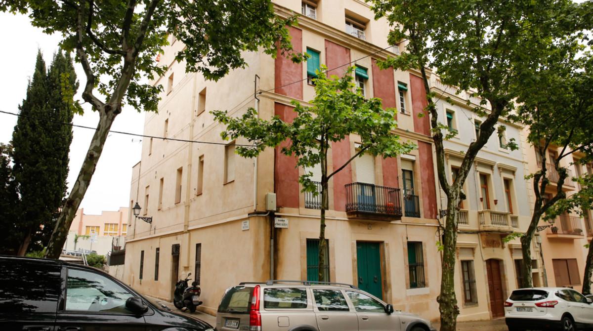 Foto de la finca del número 12 de la calle de Isaac Albéniz, en Sarrià-Sant Gervasi.