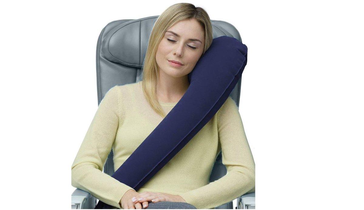 El must de todo buen viajero: la almohada hinchable