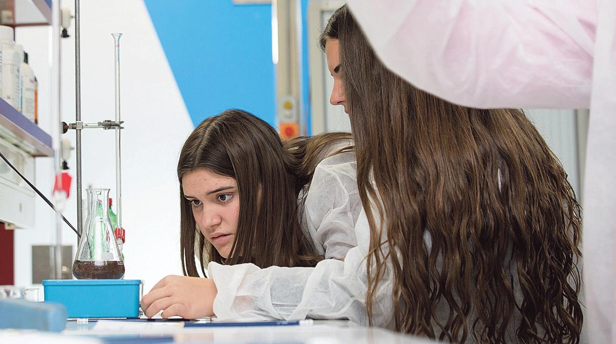 Prácticas en un laboratorio del Campus Universatari Igualada-UdL.