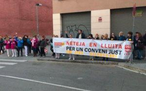 Trabajadores de la limpieza de dependencias municipales de Viladecans convocan una huelga indefinida