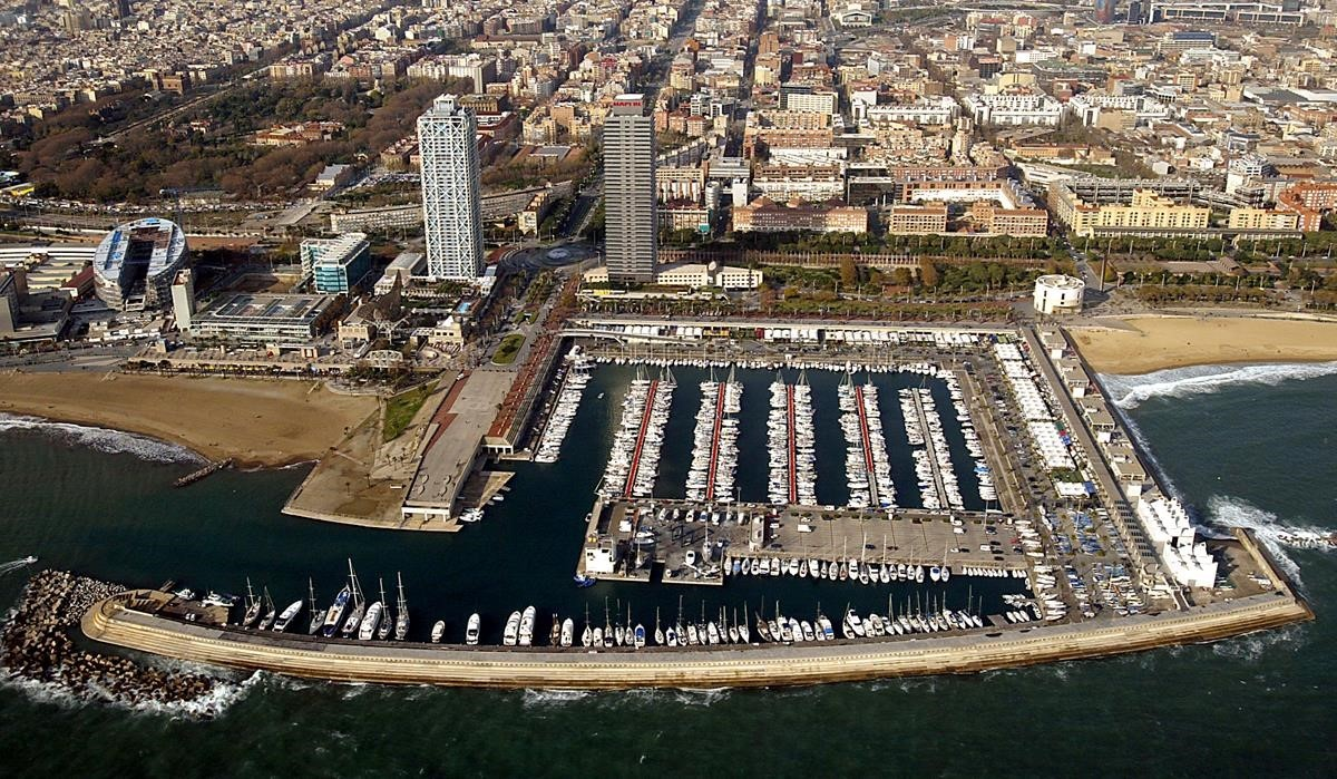 Vista aérea del Port Olímpic en Barcelona