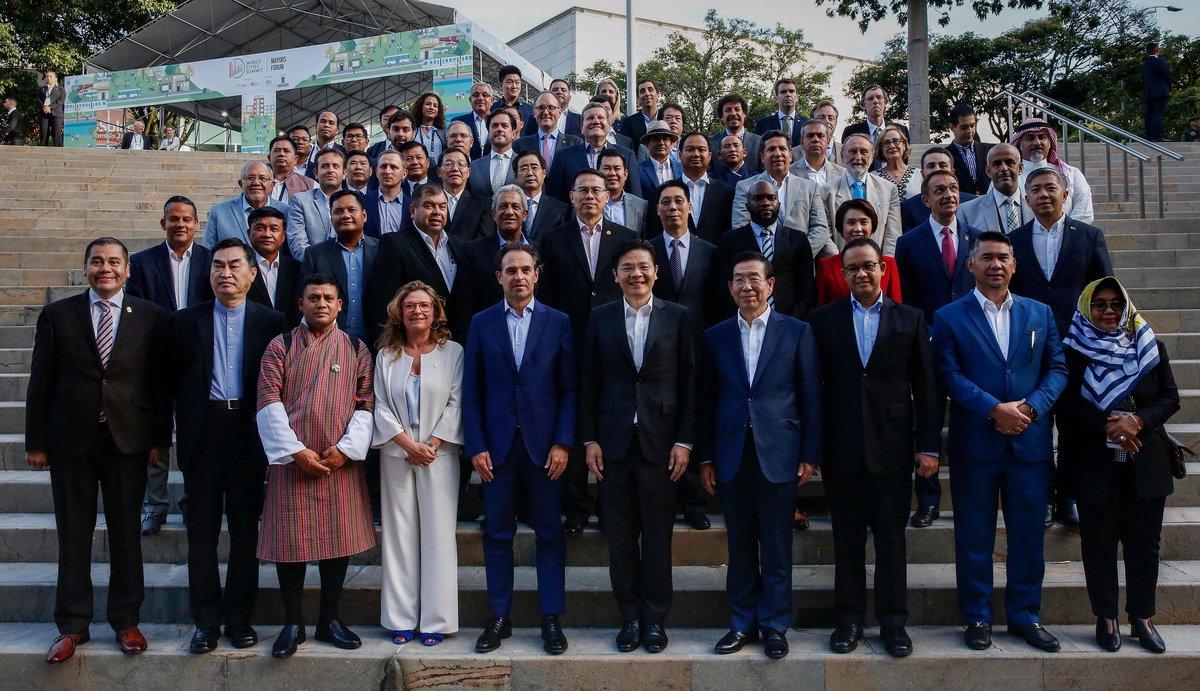 Alcaldes de 80 ciudades del mundo se participaron en elX World Cities Mayors celebrado en Colombia.