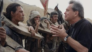 Terry Gilliam (derecha), durante el primer intento de rodaje de El hombre que mató a don Quijote, en el 2000.