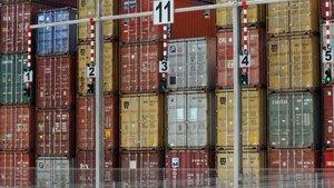 Contenedores en el Port de Barcelona.