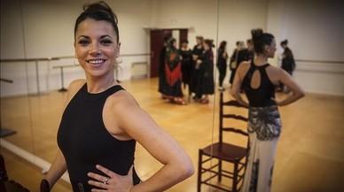 «La clase alta catalana baila sevillanas de maravilla»