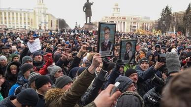 Putin intenta frenar la ira per la mort de 41 nens en l'incendi de Sibèria