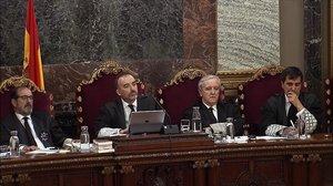 El Suprem manté el suspens del cara a cara entre Ferran López i De los Cobos