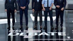Casado, Sánchez, Abascal, Iglesias y Rivera, momentos antes del inicio del debate.