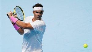 Nadal venç Tsitsipas, però s'acomiada del Masters després de la victòria de Zverev