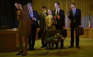 Los funcionarios de la UE, en una escena de 'Europa bull'.