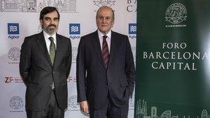 Antonio Delgado, presidente del Círculo Ecuestre, (izquierda) y Enrique Lacalle, vicepresidente primero.