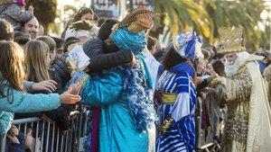 Llegada de los Reyes Magos de Oriente al Port vell previo a la cabalgata por la ciudad, el pasado enero.