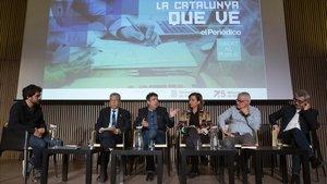 Un momento de la sesión de debate entre especialistas en Formación Profesional organizada por EL PERIÓDICO DE CATALUNYA, moderada por el periodista Carlos Márquez.