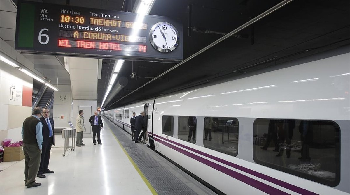 El coronavirus es carrega el tren hotel de Renfe